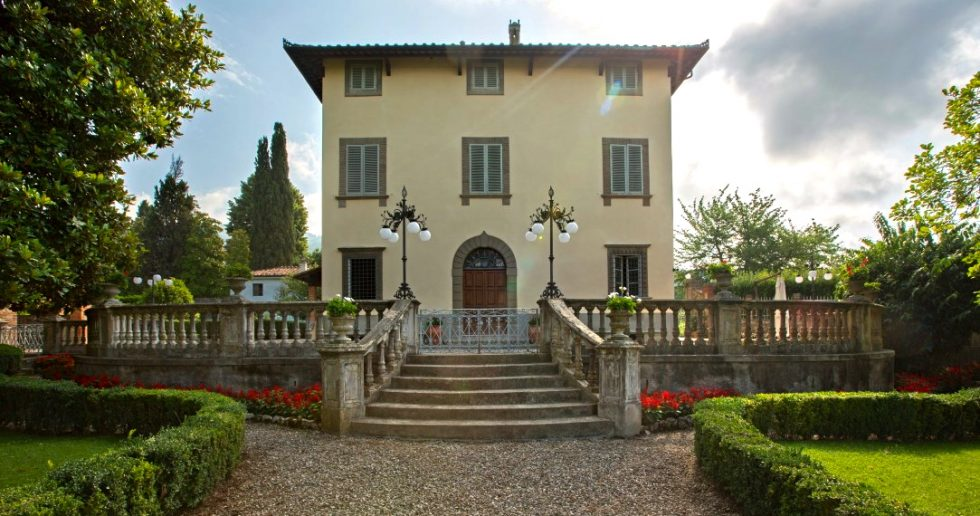 Villa Borghese for sale in Lucca
