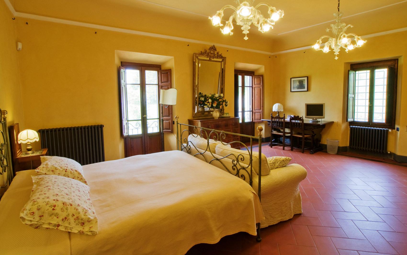 majestic property villa destiny florence bedroom