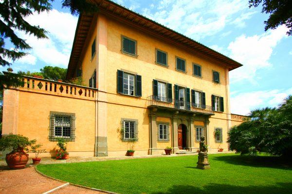 countryside noble villa degli affreschi pisa