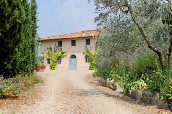 VILLA LUMINOSA Elegant Country House close to Florence