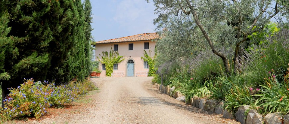 VILLA LUMINOSA Elegant Country House close to Florence