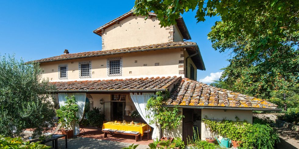 Sophisticated country home near Florence for sale