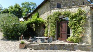 Precious Villas Luxury Real Estate Agency in Florence,villa for sale in chianti,exclusive property for sale in tuscany,country house for sale in tuscany,property for sale in italy