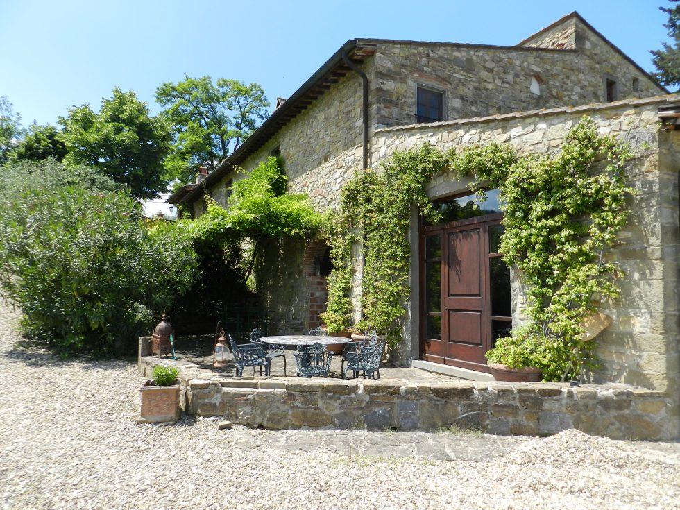 Casale Fairytale – villa for sale in chianti 1