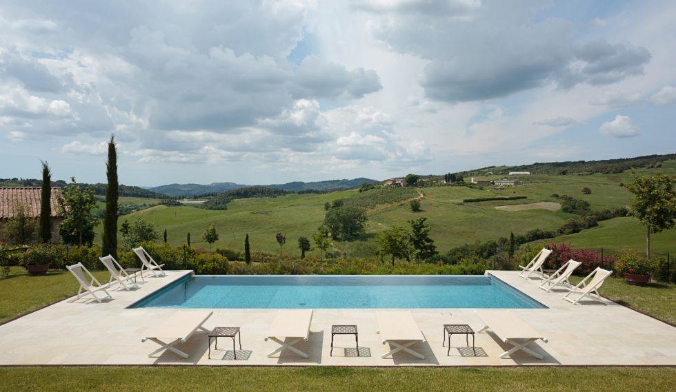 Prestigious farmhouse for sale near Casole d'Elsa
