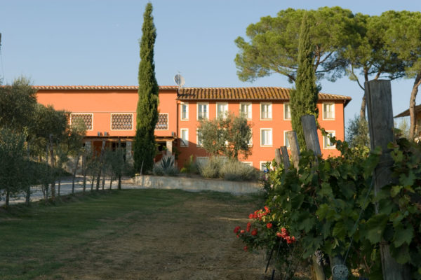 Hotel for sale in Tuscany near Lucca