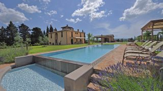Villa for sale near Pisa,villa for sale close to Siena,country villa for sale close to Florence,luxury villa for sale with land and swimming pool