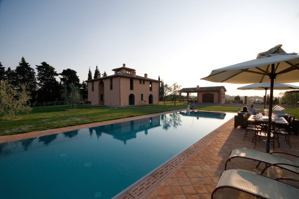 Beautiful villa for sale close to Pisa Siena and Florence