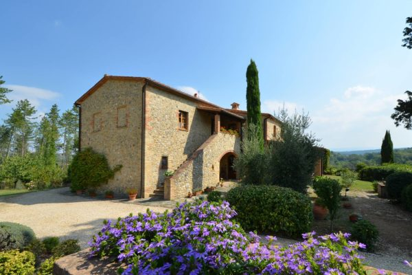 Gorgeous-historical-villa-for-sale-in-San-Gimignano-11