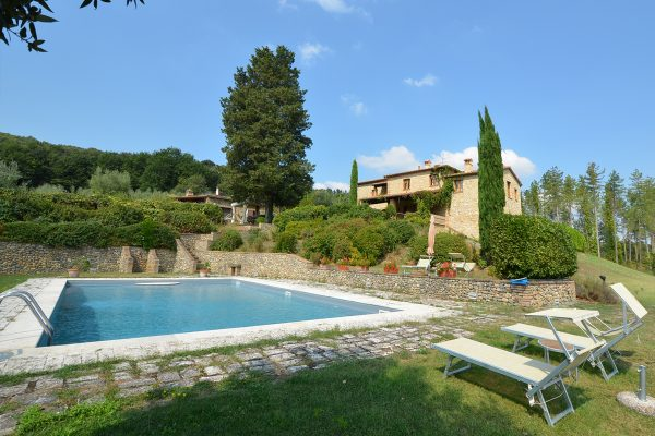 Gorgeous-historical-villa-for-sale-in-San-Gimignano-21