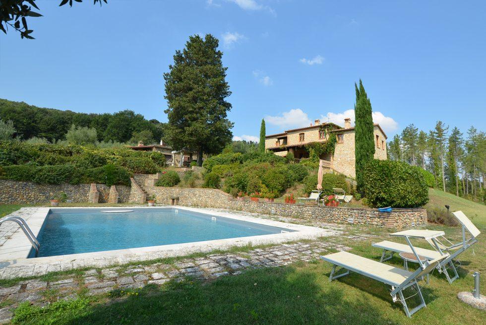 Gorgeous-historical-villa-for-sale-in-San-Gimignano-21