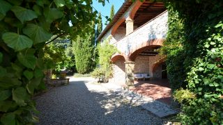 Villa for sale in Chianti,property for sale in Tuscany,villa with swimming pool for sale in Chianti near Siena