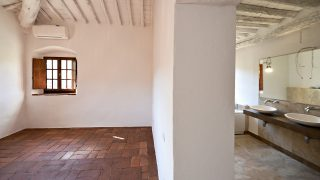 Gorgeous Historic Villa for Sale in Chianti,luxury properties for sale in Tuscany,real estate in Italy,villa for sale in tuscany,noble villa in chianti