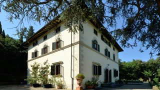 Gorgeous country villa for sale in Tuscany near Florence,luxury properties for sale in Tuscany,real estate in Italy,villa for sale in Tuscany