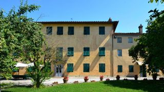 Gorgeous Villa for sale in Lucca near the Tuscan Coast,historic villa for sale in Tuscany,luxury property for sale in Italy