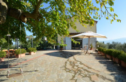 Gorgeous-rustic-country-house-for-sale-in-florence-Italy-2