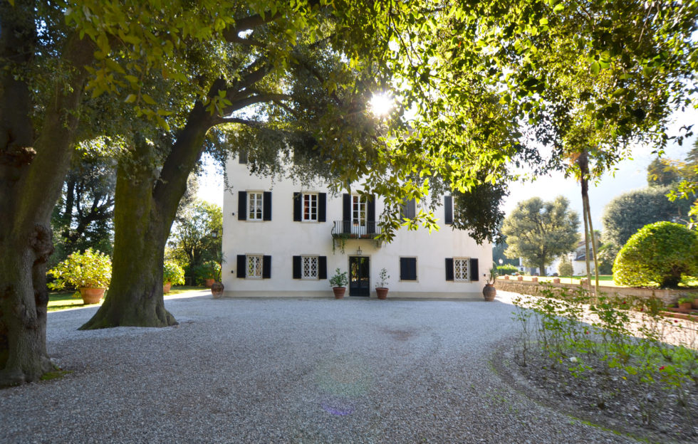 Villa for sale in Tuscany near Lucca