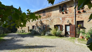 Huge estate and country house for sale near Florence,villa for sale in tuscany,exclusive tuscan real estate,luxury italian properties