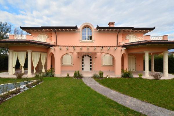 villa-botticelli-elegant-villa-for-sale-in-forte-dei-marmi-3