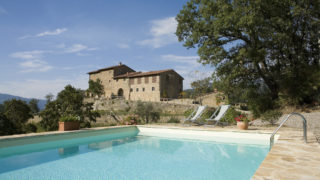 Property for sale near Florence,villa for sale in Tuscany,property with pool for sale in the countryside near Florence,country villa for sale near Chianti