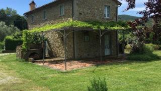 Villa for sale in Cortona,property for sale in Tuscany,lovely villa for sale near Cortona and Arezzo,country house for sale in Cortona