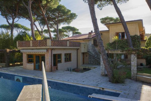 Villa for sale on the Tuscan Coast of Versilia