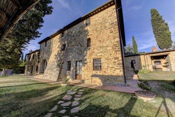 VILLA CIPRESSI FOR SALE PRECIOUSVILLAS3